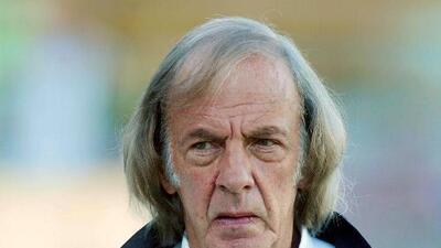 Jugar River-Boca en Madrid es obra de los grandes negocios, dice Menotti