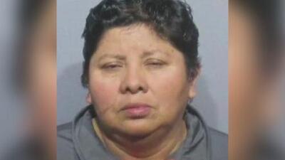 Acusan de explotación laboral a una guatemalteca que mantenía a 33 indocumentados en el sótano de una casa en Chicago