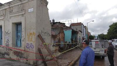 Al menos 7 muertos en México por el huracán John que se fortalece a categoría 2 en el Pacífico