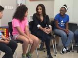 Eva Longoria visita el Centro Tau de Ricky Martin
