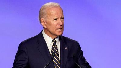 """""""Si incomodé a alguien, lo lamento; no fue mi intención"""": Biden responde a señalamientos sobre 'toques' a mujeres"""