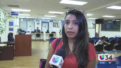 Inmigrantes reaccionan ante bloqueo de cancelación del TPS