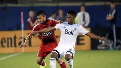 Vancouver Whitecaps se aseguran al hondureño Deybi Flores con un contrato multianual