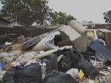 """""""Viene la gente y tira la basura"""": residentes denuncian que algunos vecindarios de Modesto se han convertido en vertederos"""