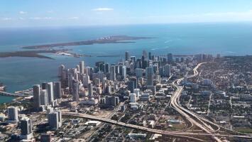 Cielos mayormente despejados y condiciones frescas para la tarde del jueves en Miami