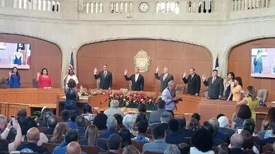 Alcalde de San Antonio y nuevo concejales toman posesión de sus cargos