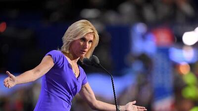 """La presentadora de Fox que se burló de un sobreviviente de Parkland anuncia una semana de """"vacaciones"""""""