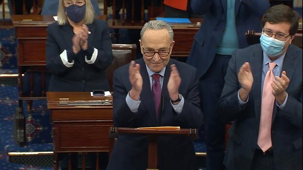 Senado aprueba paquete de ayuda que incluye cheque de $1,400: ahora regresa a la Cámara Baja