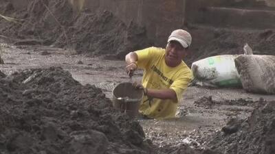 Un sorpresivo diluvio sepultó bajo toneladas de lodo a una comunidad de Guatemala