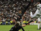 Peter Crouch y las ganas de patear tan fuerte a Marcelo