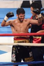 Jorge Linares y Pedro Guevara ganan cinturón
