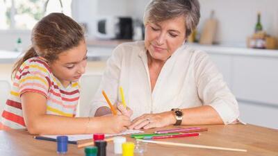 6 maneras de inculcar la gratitud en los nietos