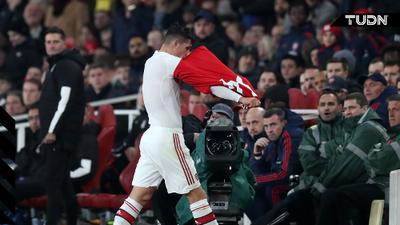Granit Xhaka pierde la capitanía en el Arsenal