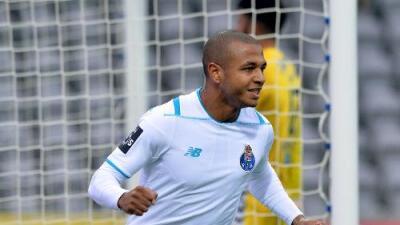 Everton negocia con Porto el fichaje de Brahimi
