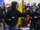 """Departamento de Seguridad Nacional advierte sobre """"amenazas extremistas domésticas"""" tras ataque al Capitolio"""