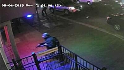 Videos muestran los momentos finales de la matanza en Dayton, Ohio