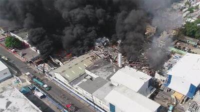 4 muertos y 83 heridos por explosión en fábrica de plástico en República Dominicana