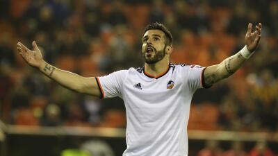 Valencia 4-0 Granada: Negredo el verdugo del Granada en Copa