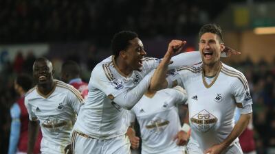 Swansea City 1-0 Aston Villa: Federico Fernández da aire a los 'Cisnes'