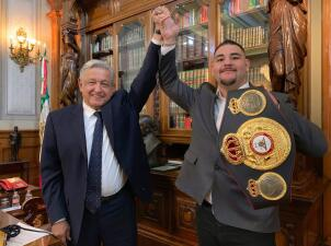Andy Ruiz se reunió con Andrés Manuel López Obrador tras proclamarse campeón de peso completo