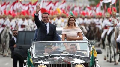 Derechista y nostálgico de la dictadura militar: Jair Bolsonaro jura como presidente de Brasil