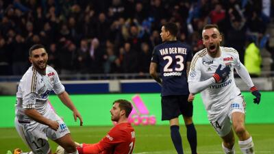 Lyon sorprendió al PSG y pone fin a su racha de 36 partidos de liga sin perder