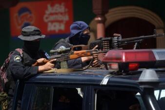 El rifle Dragunov, un viejo amigo de Daniel Ortega