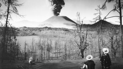 La historia del volcán mexicano que un campesino vio nacer en su maizal (fotos)