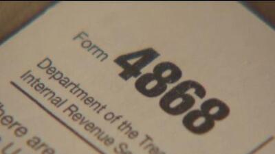 Gobernador de Illinois presenta la calculadora del impuesto justo para los residentes del estado