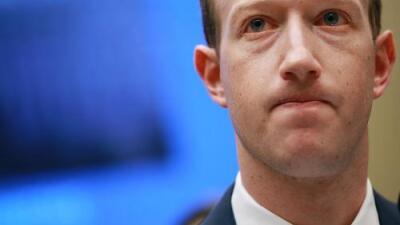 Zuckerberg revela al Congreso que sus propios datos personales también fueron filtrados a Cambridge Analytica