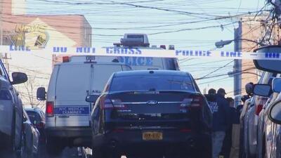 Encuentran a una mujer asesinada a balazos en El Bronx