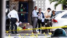 """""""No tienen respeto por la vida"""": sigue la búsqueda de sospechosos del tiroteo en Miami-Dade que dejó al menos dos muertos"""