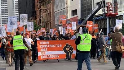 Así transcurren las marchas en Oakland este 1 de mayo