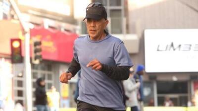 """""""Estaba tan devastado"""": se quita la vida maratonista acusado de hacer trampa en la carrera de Los Ángeles"""