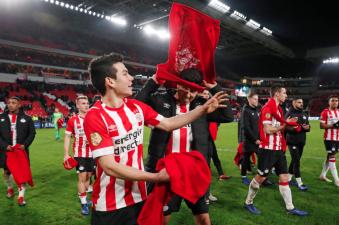 Chucky lidera el Equipo de la Jornada de la Eredivisie tras su gol ante AZ Alkmaar