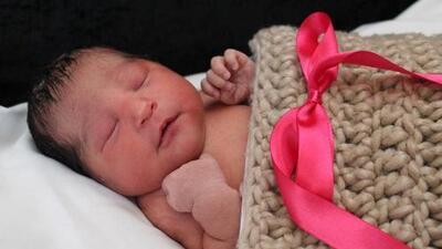 Detenida una hispana en Dallas que fingió un embarazo, mató una mujer que conocía de años y le robó su bebé recién nacida