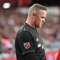 Antes de partir a Inglaterra, Wayne Rooney se despidió de sus compañeros y de los aficionados