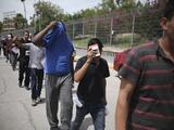 Juez federal bloquea la moratoria de deportaciones de 100 días anunciada por el gobierno de Biden