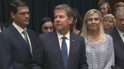 Contra el tiempo, Gobernador de Georgia aprueba leyes y deja otras pendientes