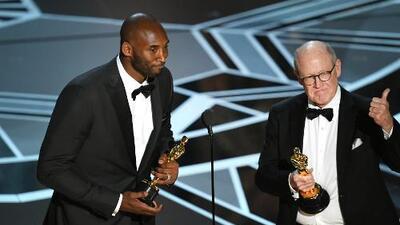 Kobe Bryant ganó el Oscar por el corto 'Dear Basketball'