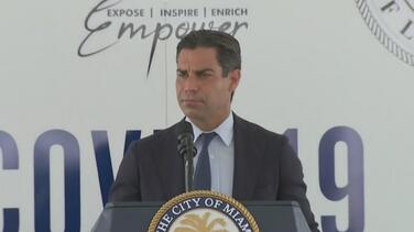"""""""Queremos salvar vidas"""": alcalde de Miami anuncia que colocan vacunas sin cita"""