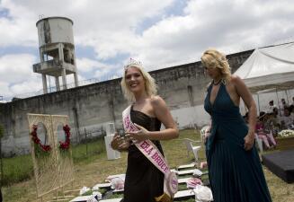 El peculiar concurso de belleza que se realiza cada año en una cárcel de mujeres de Brasil (fotos)