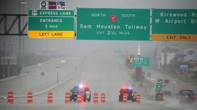 """""""Estamos listos para cualquier clase de emergencia"""": jefe de la policía de Houston sobre Imelda"""