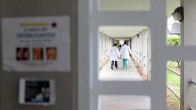 Hospitales cancelaron cirugías por el huracán Irma y dan alta a pacientes que puedan regresar a casa