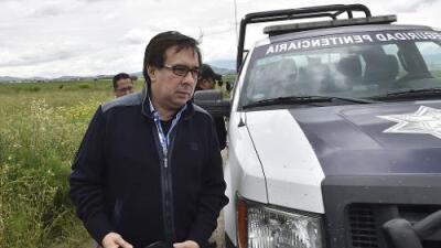Renuncia funcionario de la PGR que lideró la investigación del caso Ayotzinapa