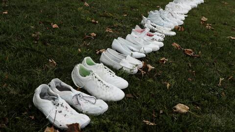 Zapatos blancos para honrar la memoria de las víctimas del ataque en mezquitas de Nueva Zelanda