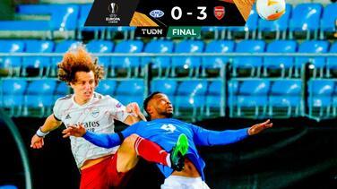 Arsenal derrotó al Molde y calificó como primero de grupo