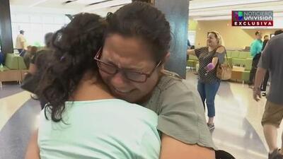Esperó 4 años por este abrazo: la joven abusada en un centro de menores de Arizona ya está con su madre