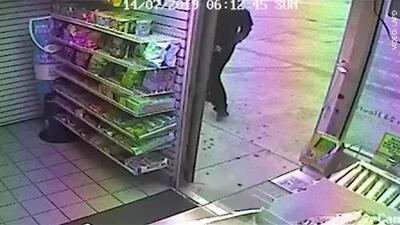 Buscan a sospechoso que cometió 11 robos a mano armada en Los Ángeles
