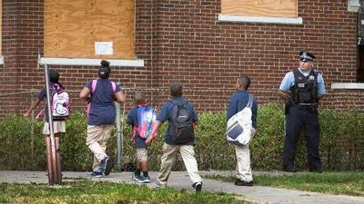 Padres de estudiantes están preocupados por el receso de verano debido a la violencia en Chicago